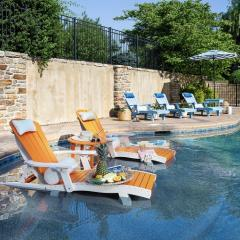 SeaAira Poly Lounge Chairs in Pool